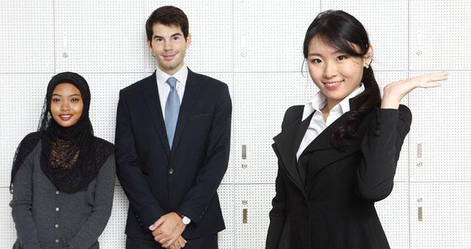 海外にいる外国人の雇用
